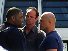 The Shield 04x10 : Back In The Hole- Seriesaddict